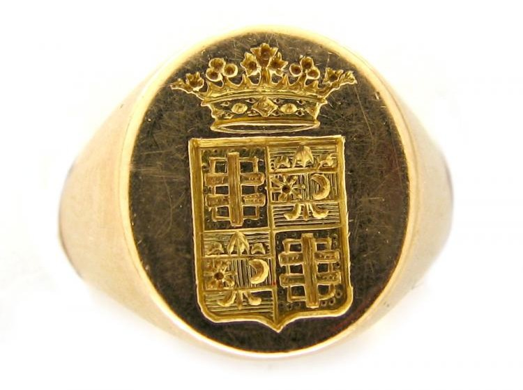 18ct Gold Crested Signet Ring