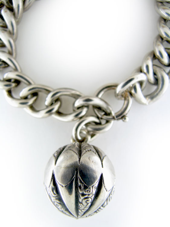 Curb Link Ball Bracelet
