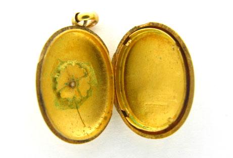 15ct Gold Locket