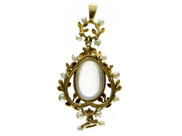 Liberty & Co. Art Nouveau Gold Pendant