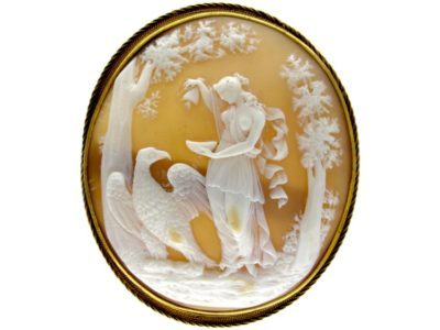 18ct Gold Shell Cameo of Lady & Eagle (Hebe and Zeus)