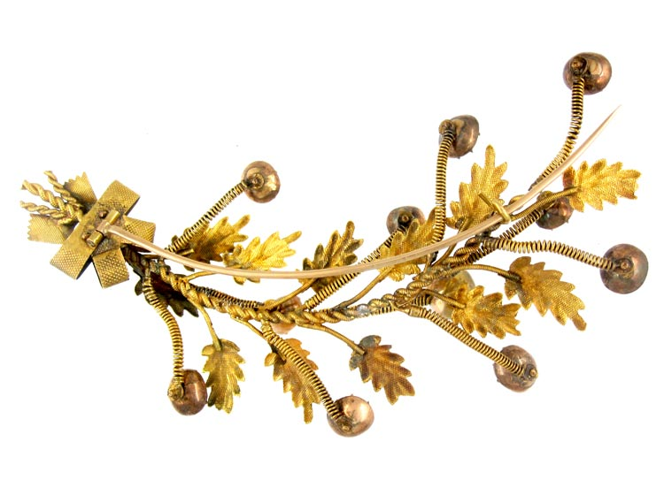Georgian Tremblant Brooch