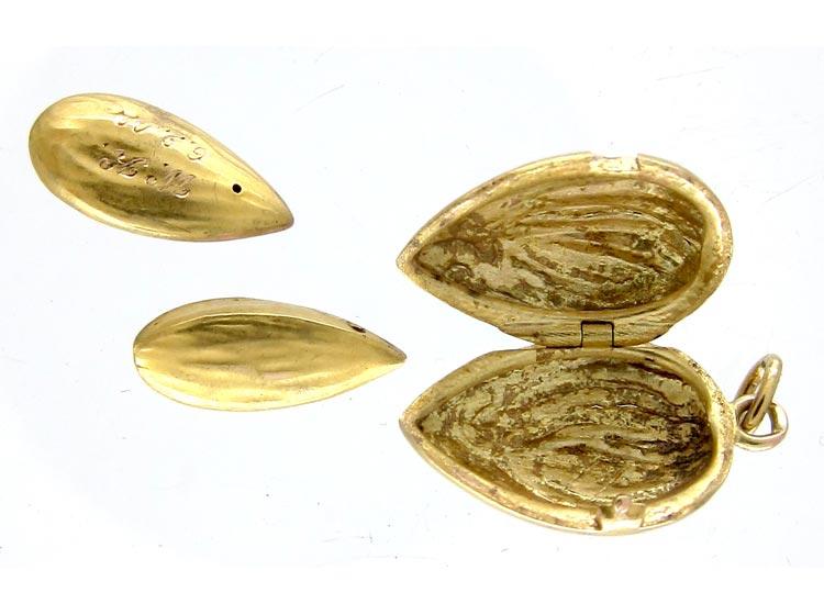 Almond Charm