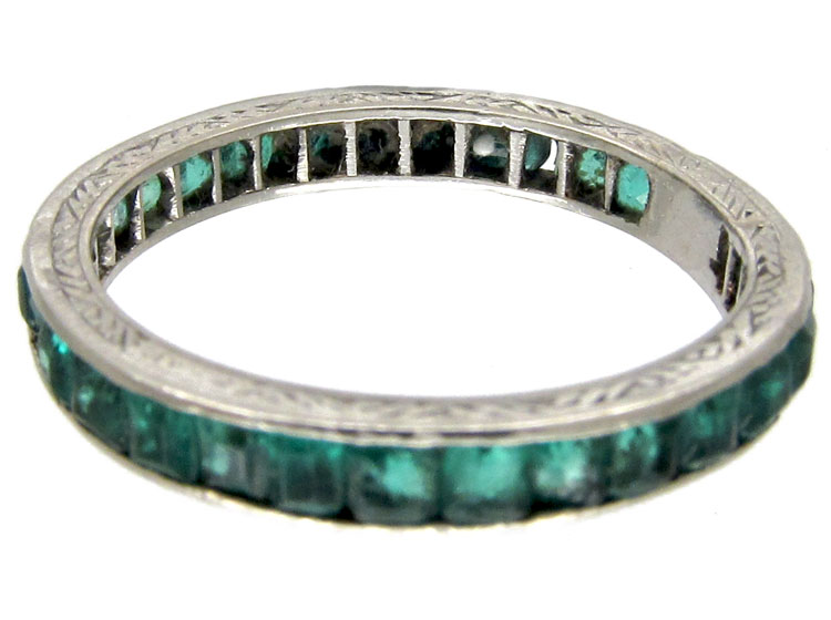 Emerald 18ct White Gold Eternity Ring