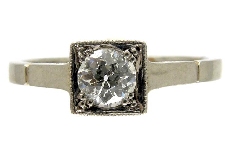 Platinum & Diamond Solitaire Ring