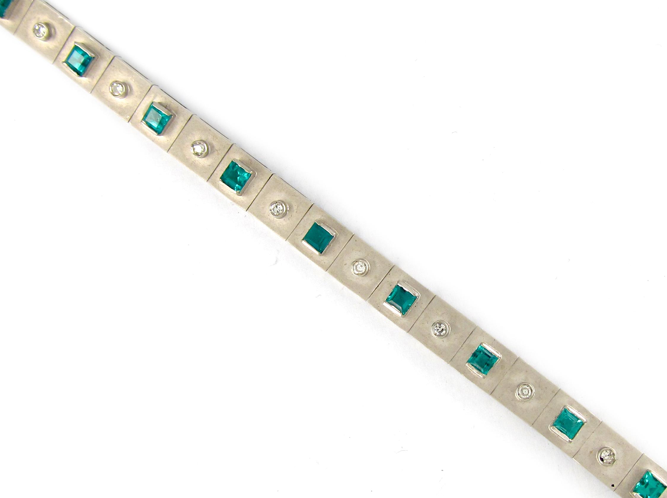 Emerald & Diamond White Gold Bracelet