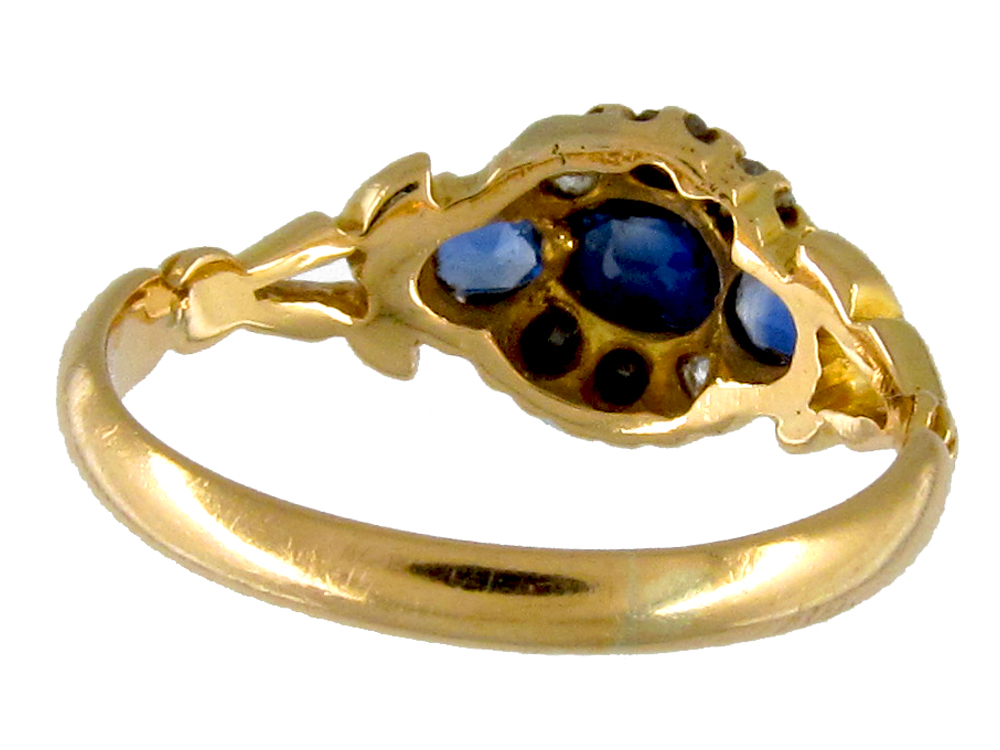 Edwardian Sapphire & Diamond 18ct Gold Cluster Ring