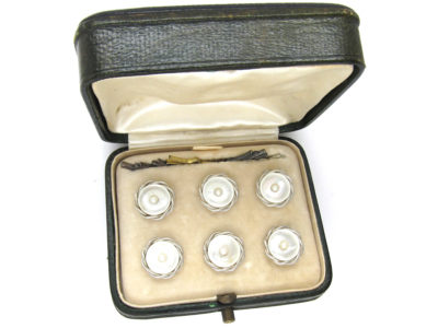 Art Deco 18ct & Platinum & Mother of Pearl Buttons Dress Set