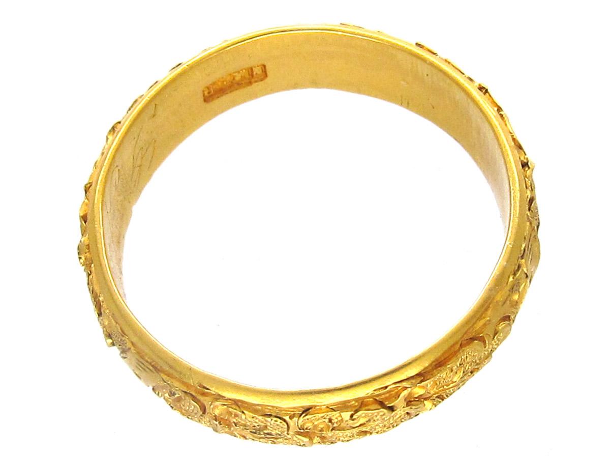 22ct Gold Oak Leaf Design Victorian Ring