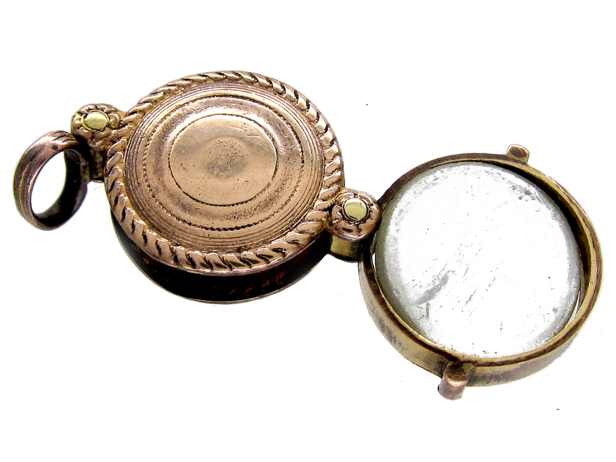 Small Georgian Gold Cased Quizzing Glass