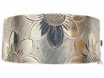 Silver Mary Quant Style Flowers Bangle