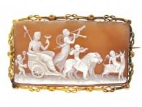 18ct Gold Georgian Cameo Brooch of Classical Scene