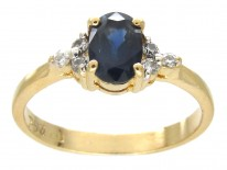 Solitaire Sapphire & Diamond Shoulders Ring