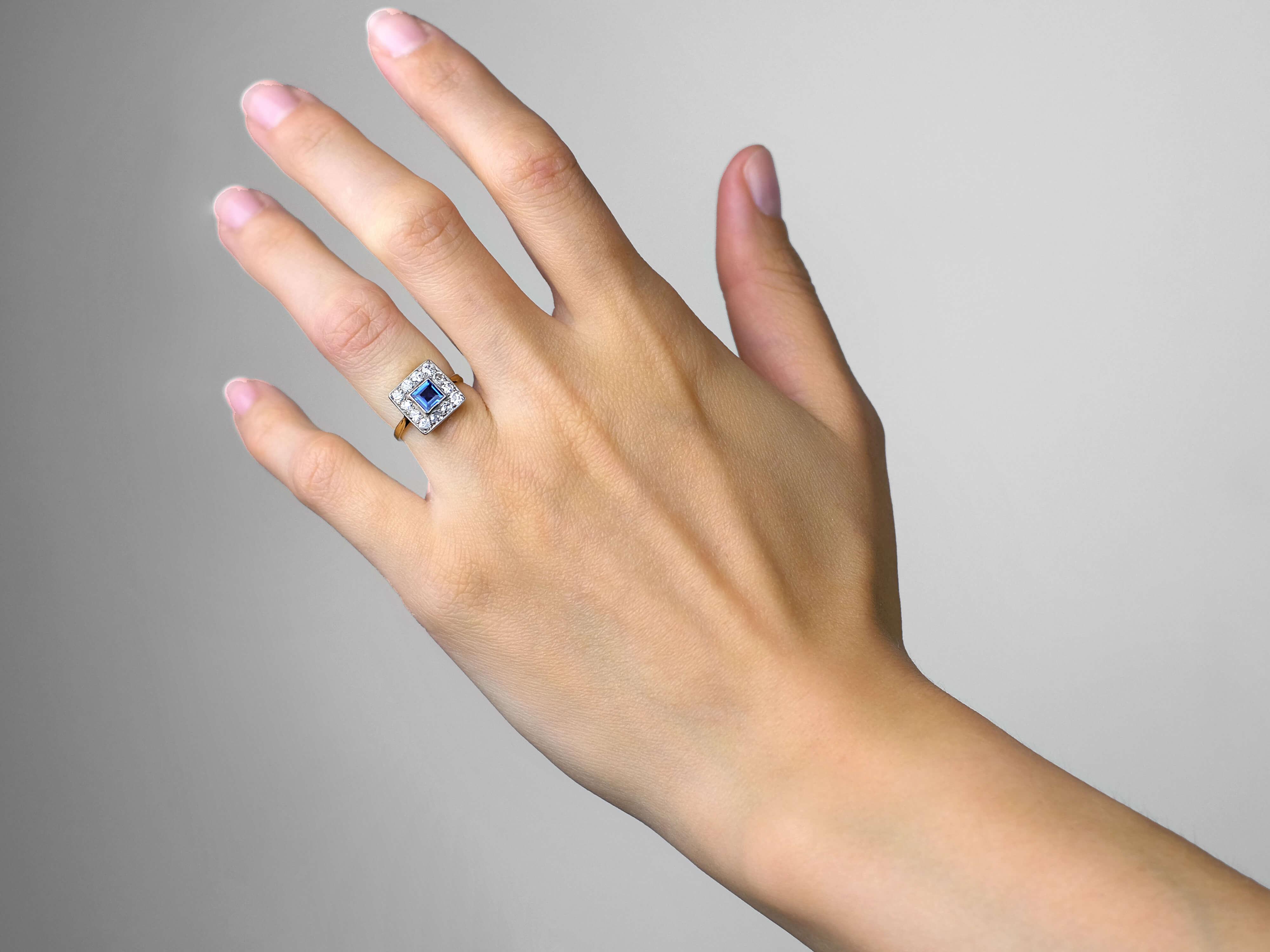 Art Deco 18ct Gold & Platinum Square Sapphire & Diamond Ring