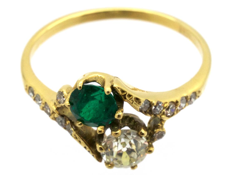 Edwardian 18ct Gold  Emerald & Diamond Ring