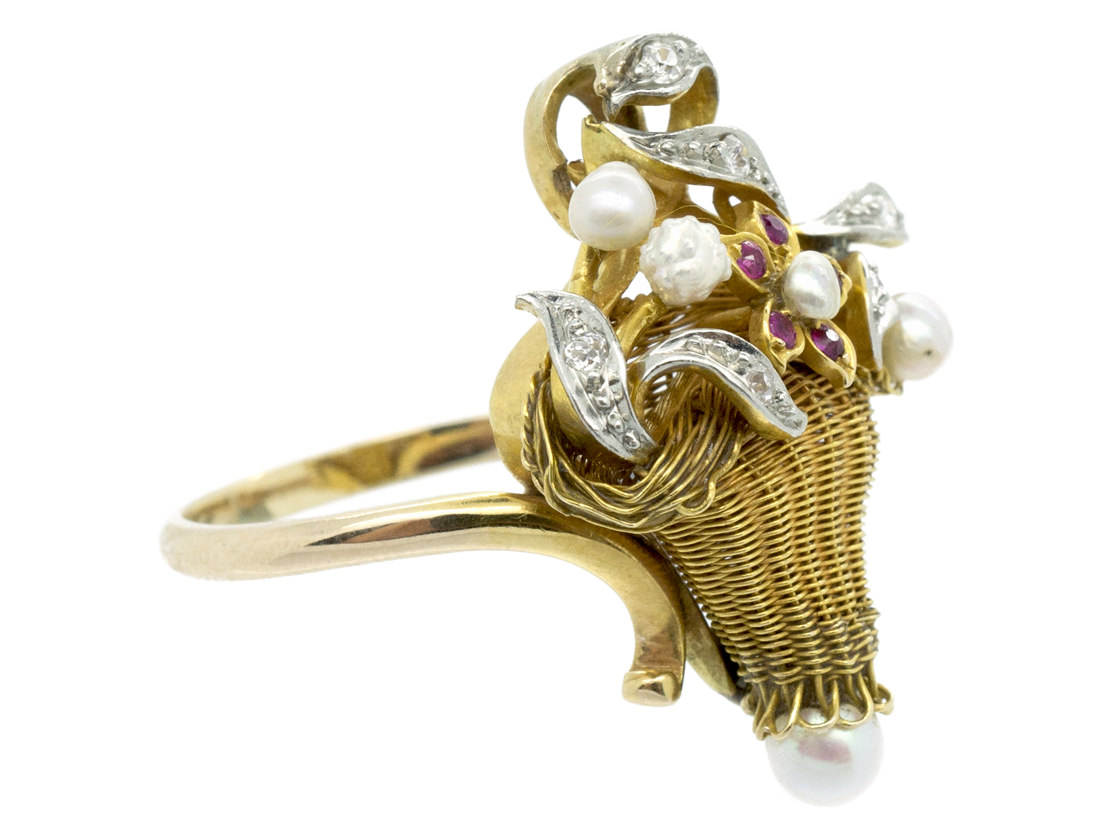 18ct Gold 1950s Flowers in a Basket Ring