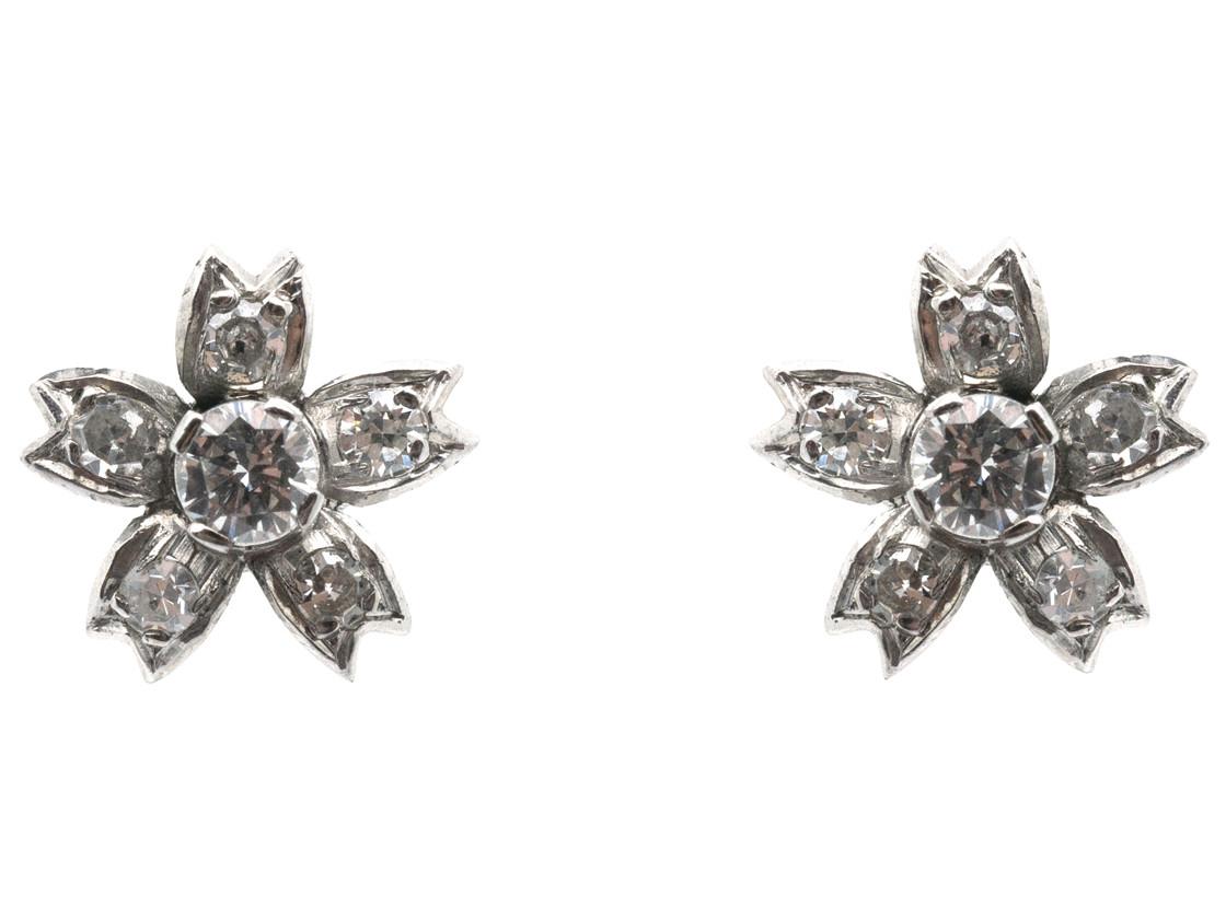 18ct White Gold Diamond Flower Earrings