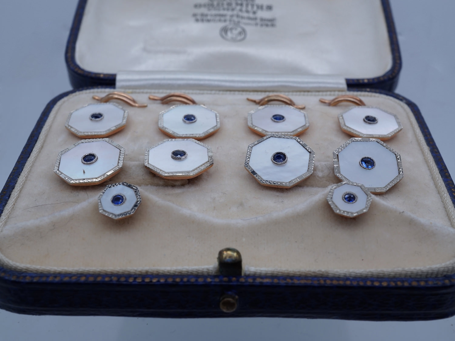 9ct & 18ct Gold Dress Set with Cufflinks Buttons & Studs set with Mother of Pearl & Sapphires