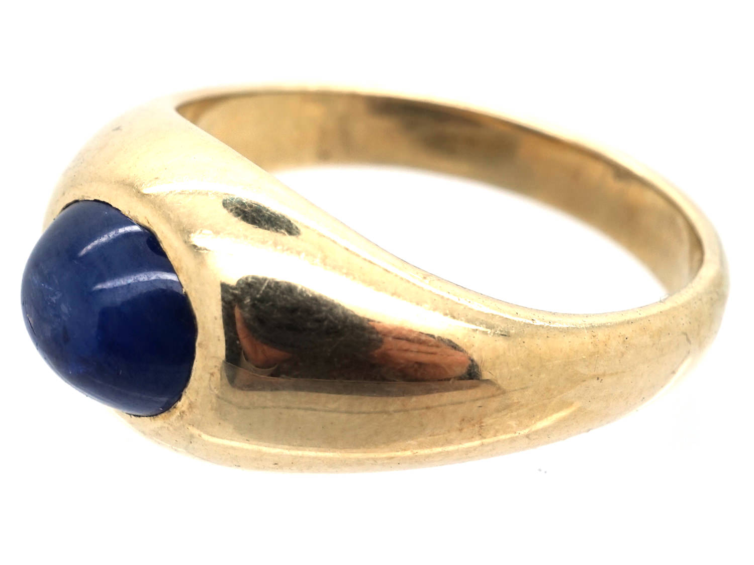 14ct Gold & Cabochon Sapphire Ring