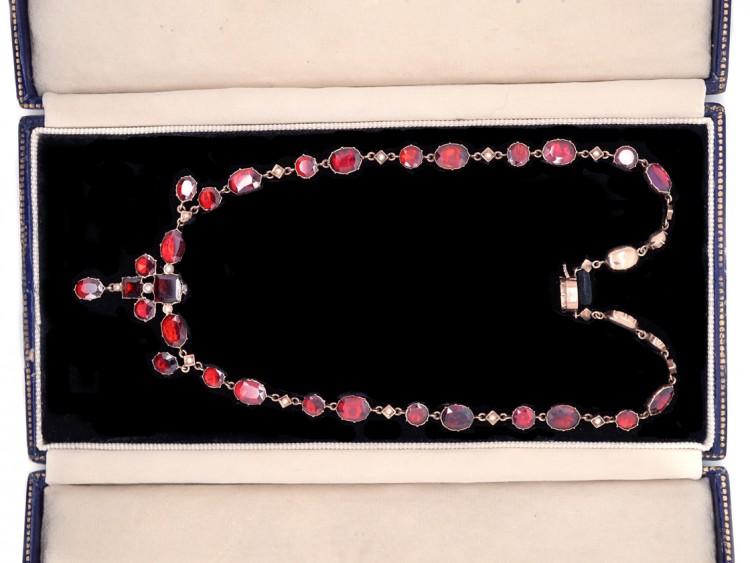 Edwardian Flat Cut Almandine Garnet, Pearl & Gold Necklace in Original Case