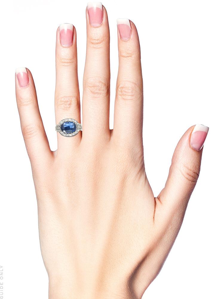 18ct White Gold Art Deco Oval Sapphire & Diamond Ring
