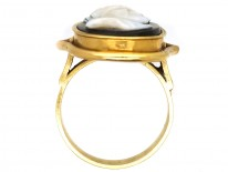 Victorian 18ct Gold Portrait Ring of Dante Carved in Sardonyx