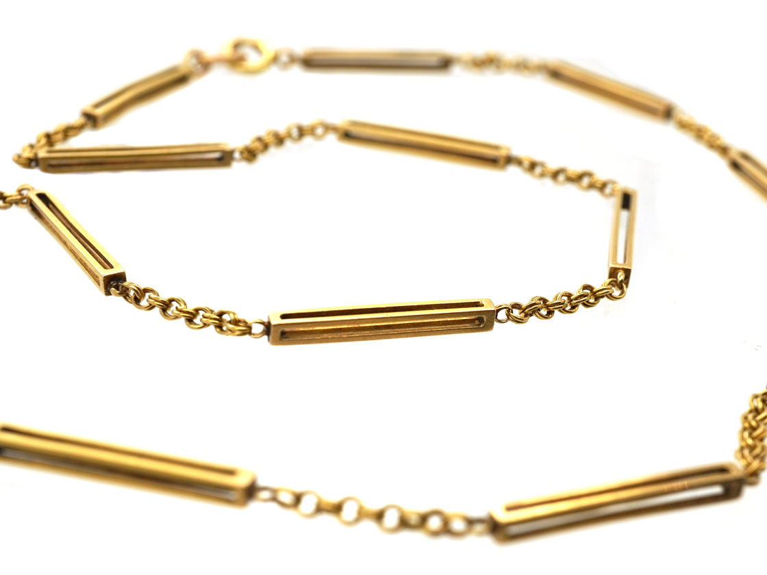 Edwardian 9ct Gold Chain With Box Design Detail