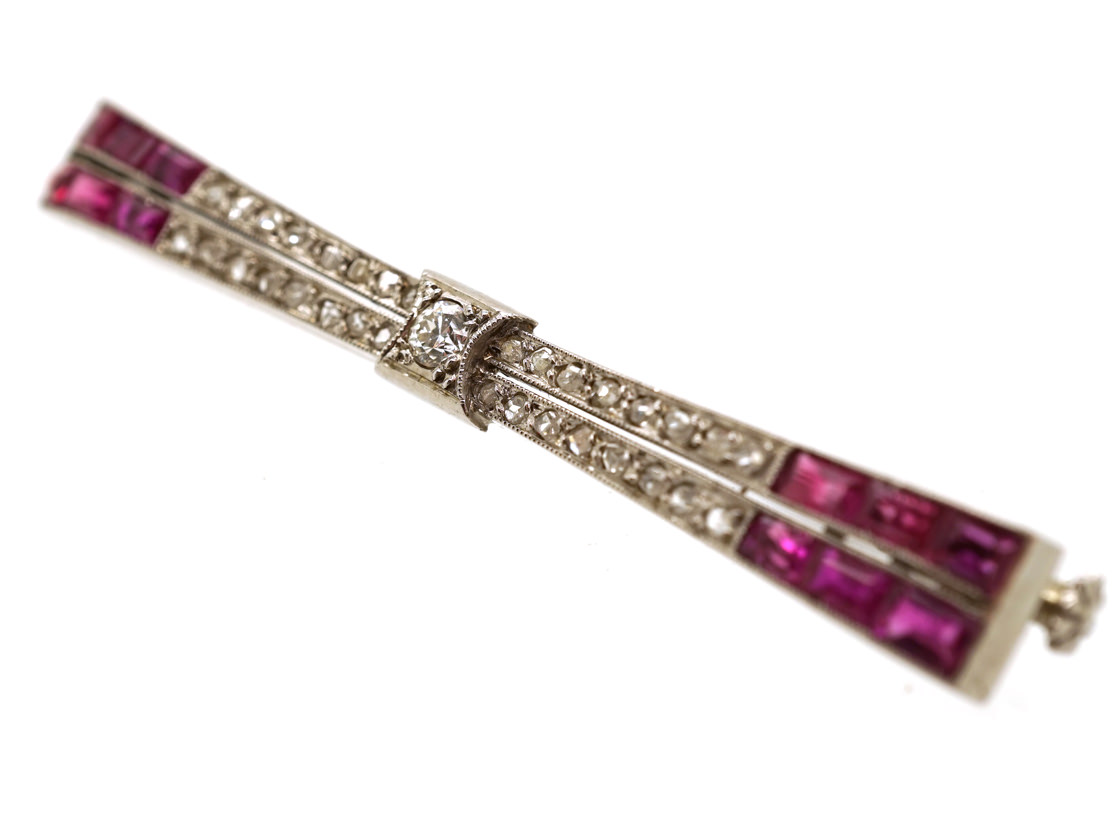 French 18ct White Gold Art Deco Ruby & Diamond Stylised Bow Brooch