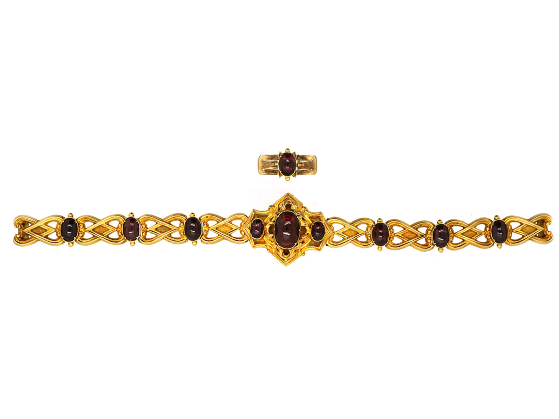 Victorian 15ct Gold & Cabochon Garnet Bracelet in Original Case