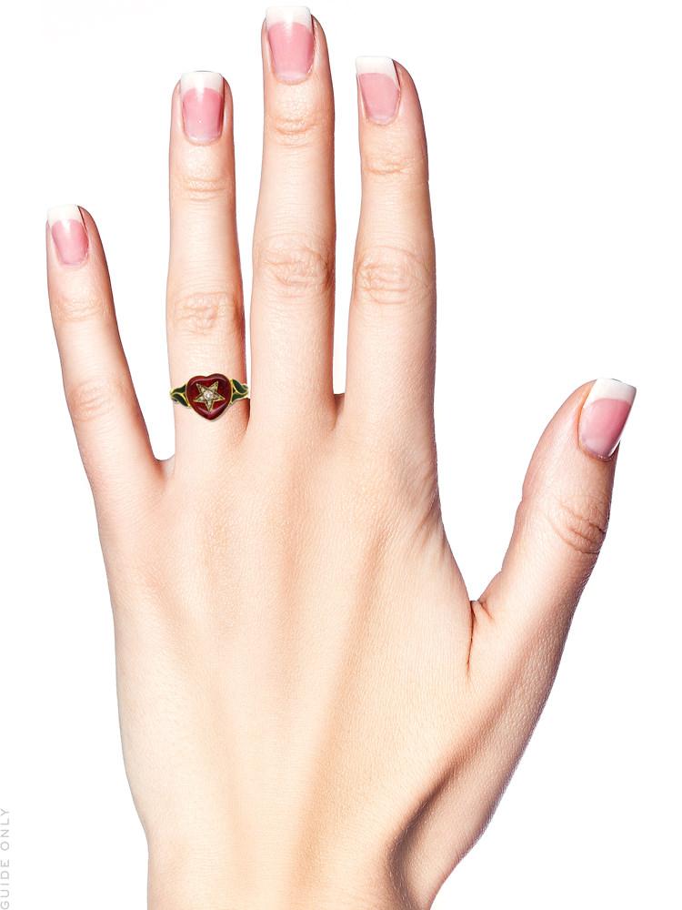 18ct Gold Red & Green Enamel & Diamond Heart Shaped Ring
