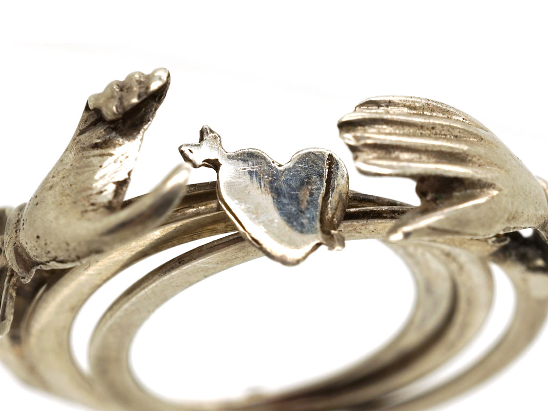 Silver Clasped Hands Opening Fede Ring