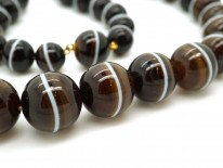 Victorian Banded Onyx Bead Necklace