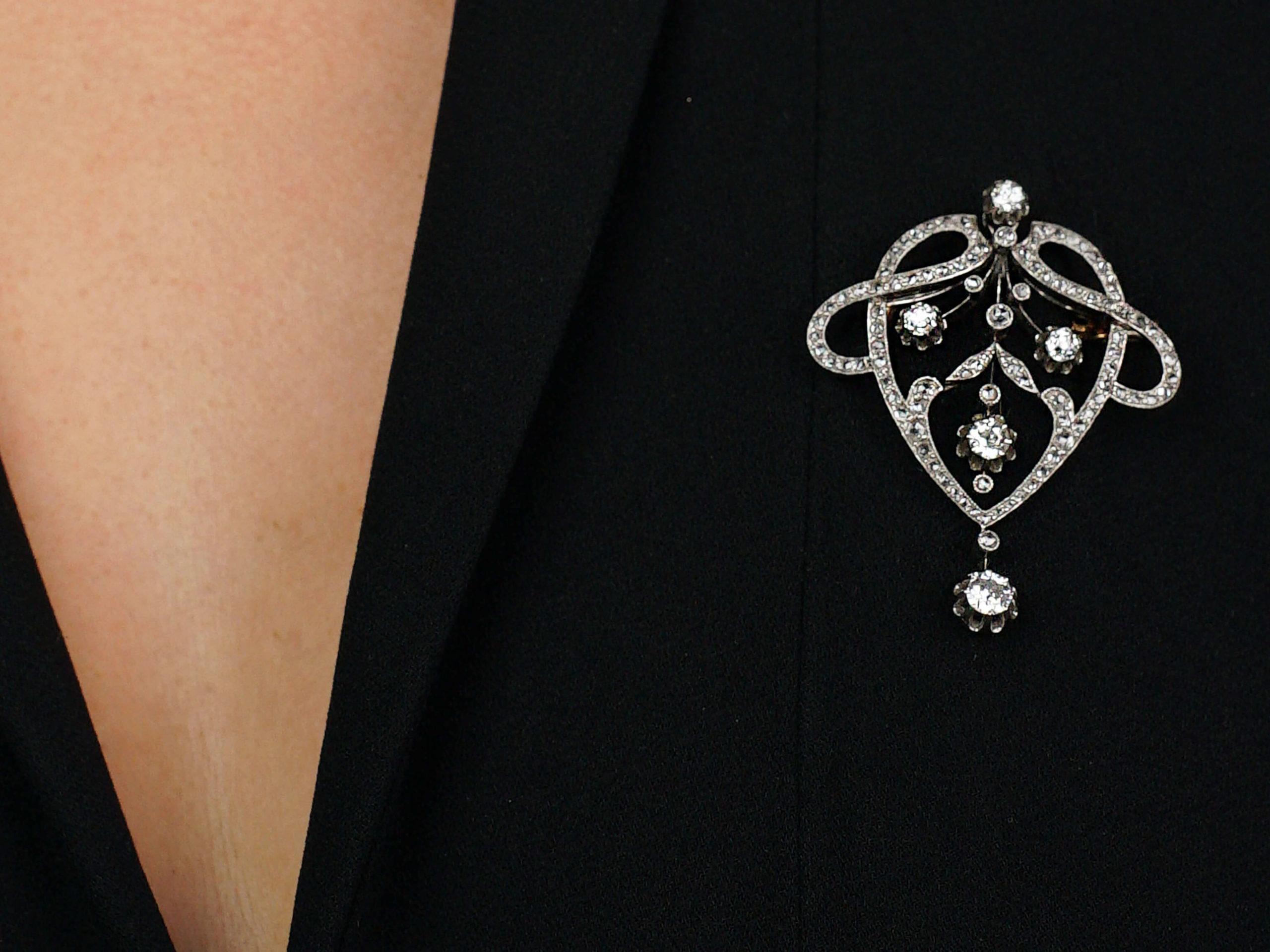 French Art Nouveau Platinum & Diamond Brooch