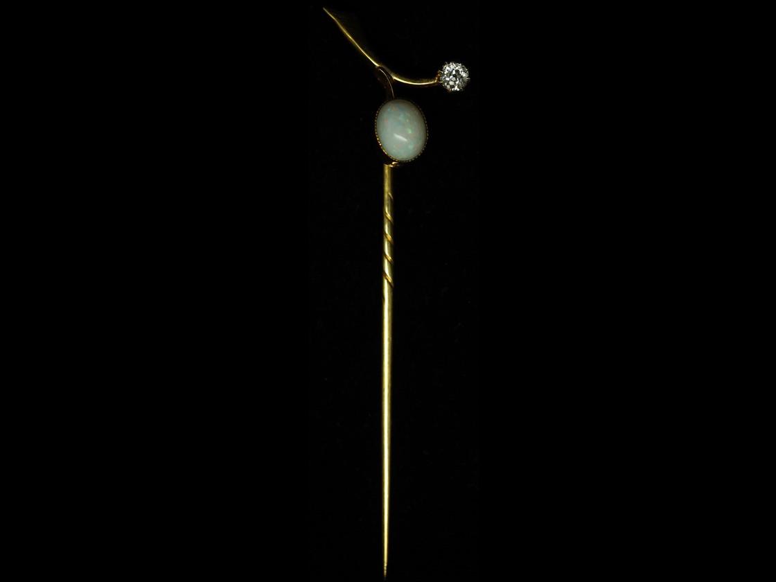 Edwardian 18ct Gold, Opal & Diamond Sprig Tie Pin