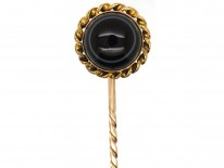 Victorian 15ct Gold Tie Pin Set With a Banded Sardonyx