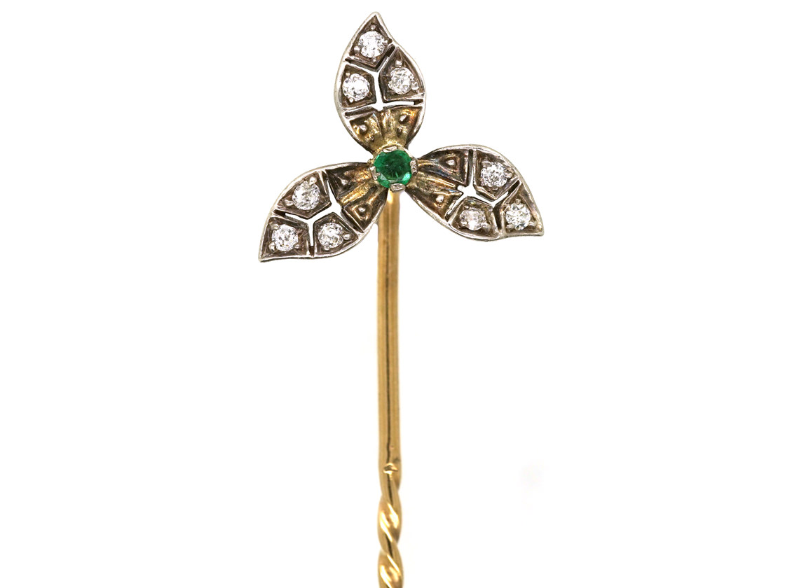 Edwardian Diamond & Emerald Three Petal Tie Pin