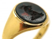 Late Victorian 18ct Gold & Bloodstone Signet Ring With a Cockerel Intaglio