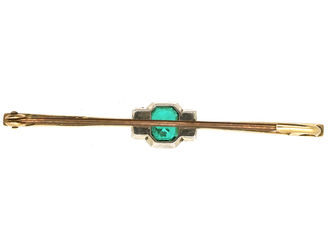 9ct Gold Art Deco Brooch Set With an Emerald Paste