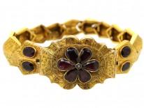 Early Victorian 15ct Gold & Flat Cut Almandine Garnet Bracelet