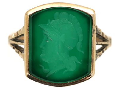 9ct Gold Green Hardstone Intaglio Ring of a Roman Centurion