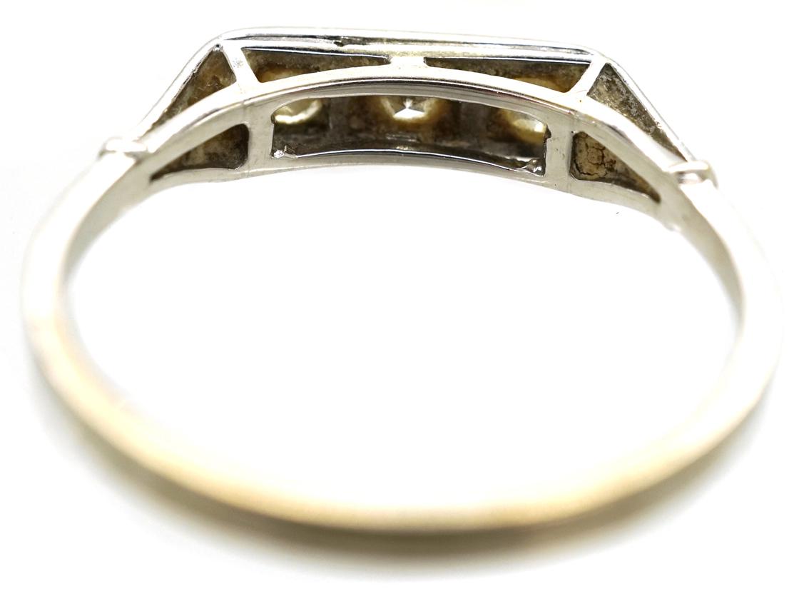 Art Deco 14ct White Gold Three Stone Diamond Ring
