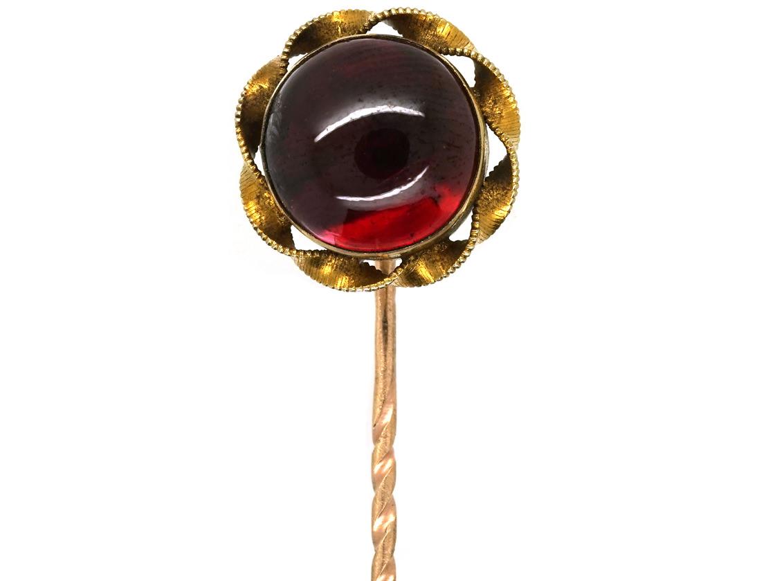 Victorian 15ct Gold & Cabochon Garnet Tie Pin
