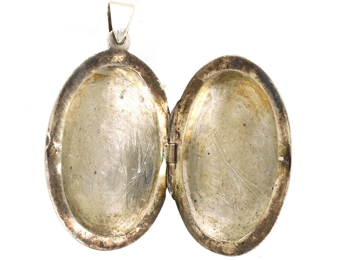 Plain Oval Silver Locket