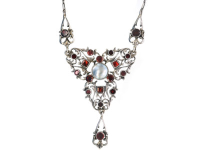 Edwardian Silver, Flat Cut Almandine Garnets & Blister Necklace