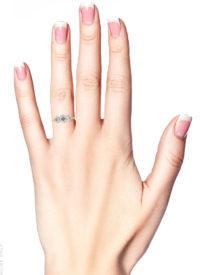 18ct Gold Three Stone Diamond Millennium Ring