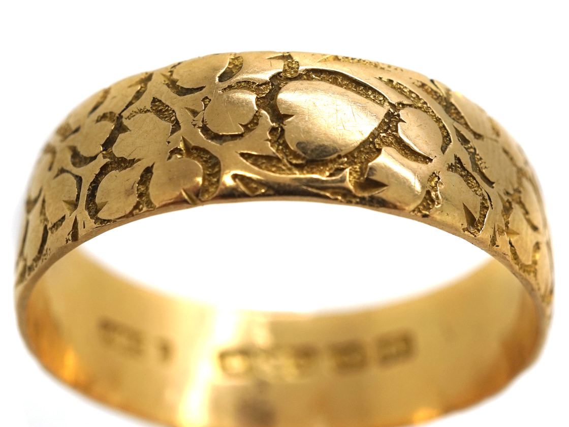 Edwardian 18ct Gold Large Wedding Ring Engraved With Ivy & Hearts