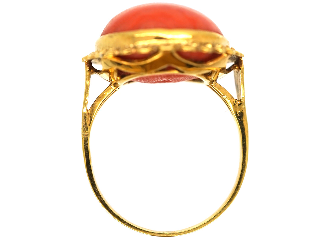 15ct Gold & Cabochon Coral Ring