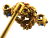 Edwardian 15ct Gold & Sapphire Lover's Knot Tie Pin