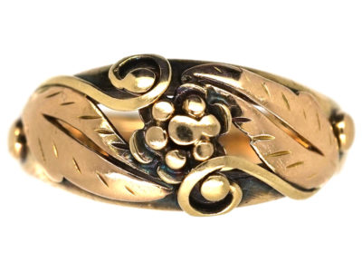 14ct Gold Ring With Leaves & Flower Motif