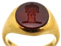 Victorian 18ct Gold Signet Ring set with a Carnelian Crest Intaglio